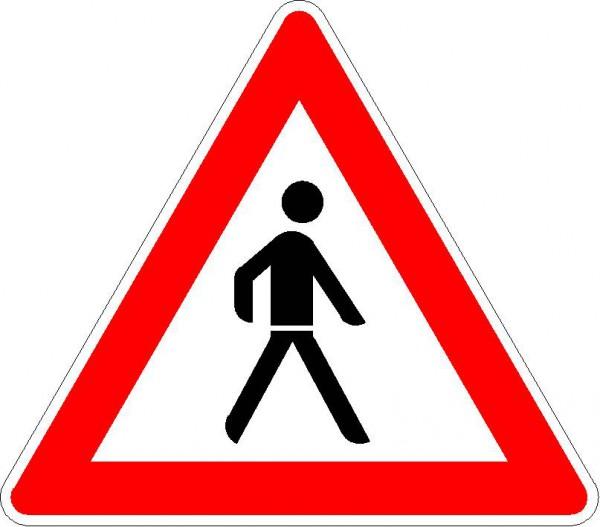Verkehrszeichen Fußgänger, Aufstellung links