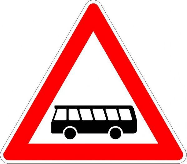 Verkehrszeichen Kraftomnibusse, Aufstellung rechts